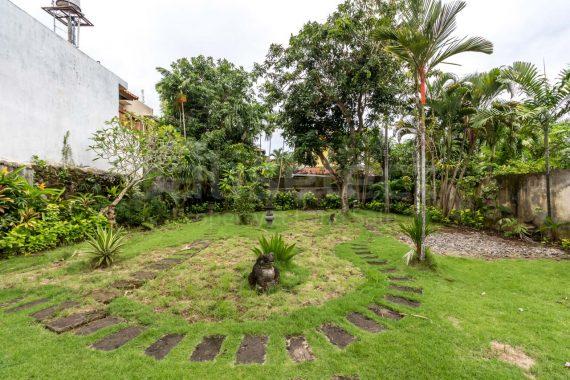 Villa Baliana Batubelig – 5 ED EDs1