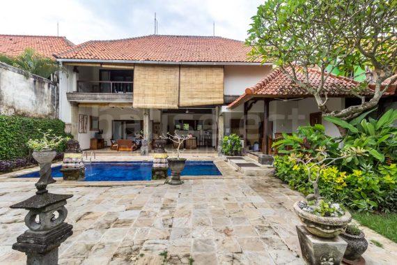 Villa Baliana Batubelig – 6 ED EDs1