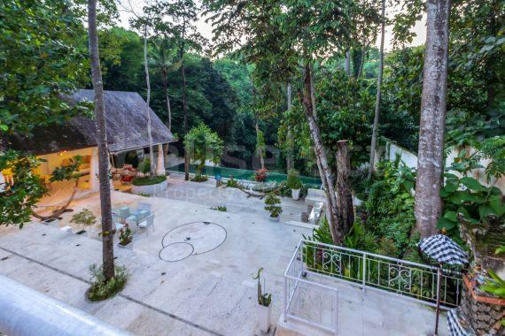 4 bedroom breathtaking Villa in Cepaka