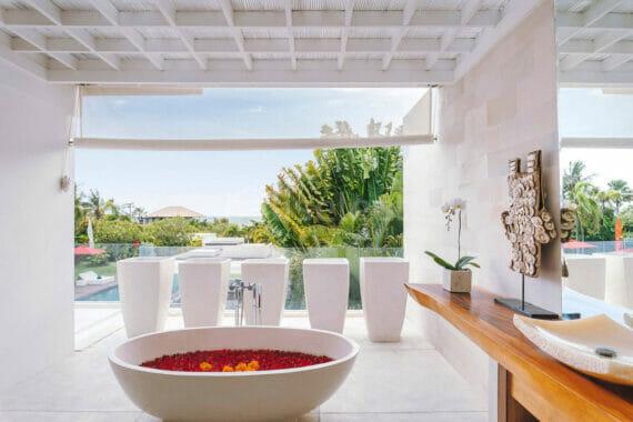 Luxury Beachfront Villa in Cemagi