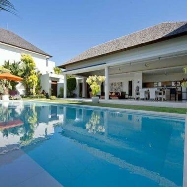 Villa in Batubolong